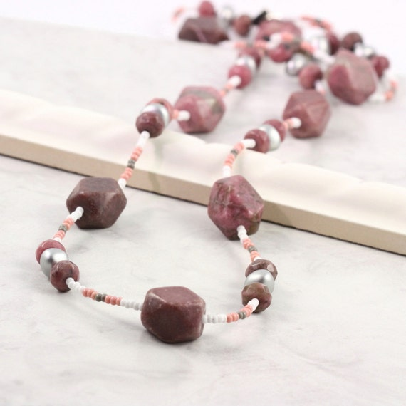 Pink Eyeglass Holder Gray Sunglass Lanyard Mauve Gemstone Lanyard Chunky Beaded Eyeglass Necklace Office Fashion Gray Eyeglass Leash