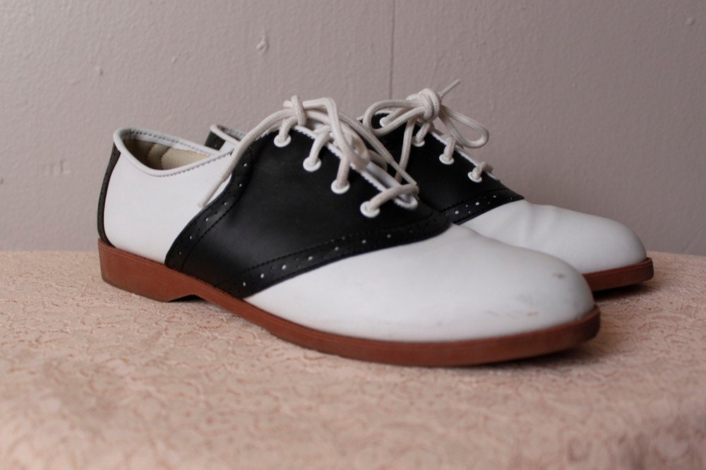 vintage 1990 s saddle oxford black white predictions shoes
