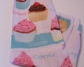 Pink and Aqua Cupcakes Plastic Bag Holder