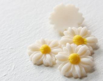 8pcs Acrylic Flower Cabochons-Cream White 22mm (26F1)
