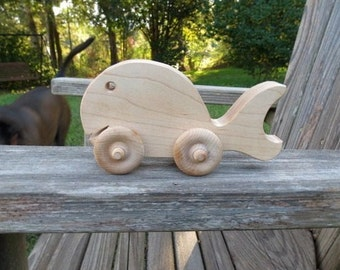 whale on wheels push toy maple wood