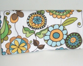 Coupon Organizer Holder  Purse Organizer Posies with Teal Blue Lining