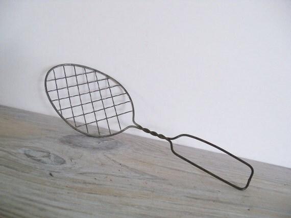 Vintage Tinned Wire Whip Whisk Egg Beater Kitchen Utensil  1930s