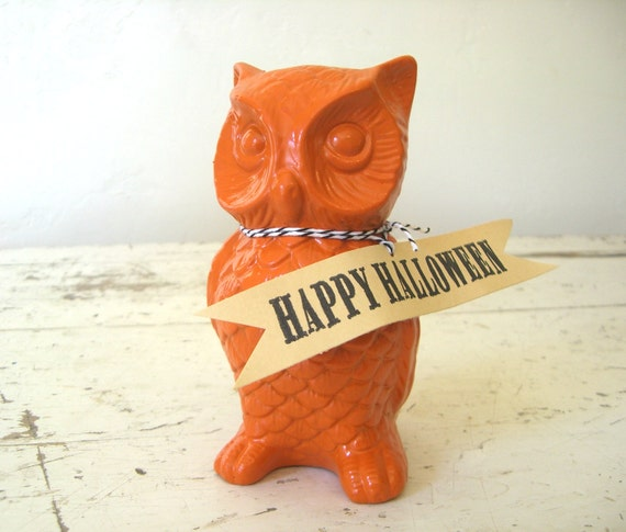 Vintage Orange OwL Ceramic Figurine, Perfect For Your HaLLoween DecoR DispLay