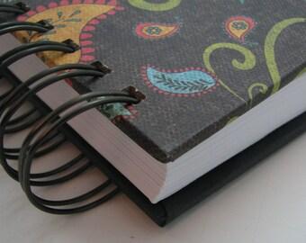 Line A Day Journal/ Five Year Journals/ Gratitude Journal/ Line A Day Diary/ Five Year Diary/ Yearly Journal/ Lined Journal/ Paisley Bird