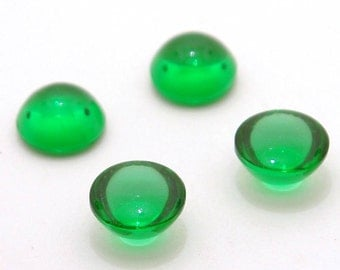 Vintage Peridot Green Bombe Glass Cabs - 60ss round stones - 14mm - 4pc