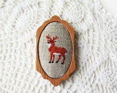 wooden brooch deer embroidery pin wood setting