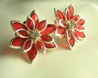 Fleur de Verre ... acrylic red flower studs