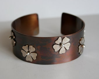 Rustic Cuff Bracelet, Mixed Metal Cuff, Brass Cuff, Cuff with Silver Flowers, Country Style Cuff, Rustic Jewelry, Tiny Silver Flowers, 925