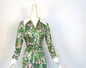 60s Mod Dress / 1960s Dress / Flower Print / Green and Pink / S