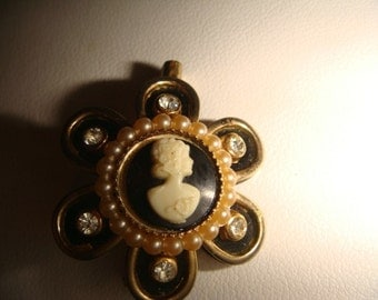 vintage black gold pearl cameo brooch pin