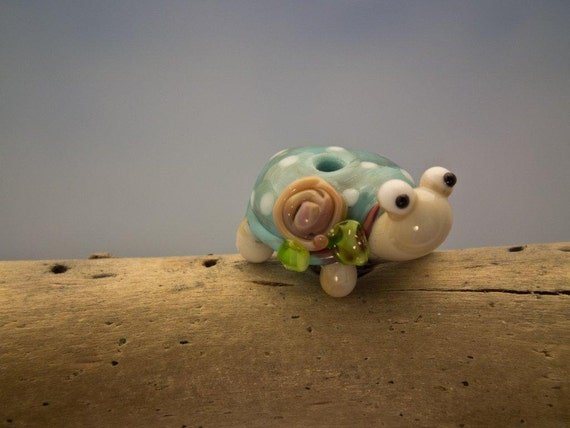 Tilly... lampwork turtle bead... sra