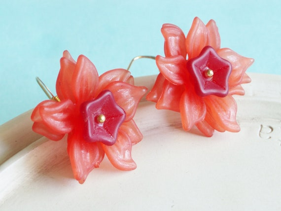 ChristmasinJuly - Beaded Flower Earrings - Poinsettia