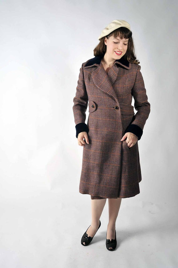 Vintage 1970s Coat // The Boston Weekend Belted Tweed Coat // Autumn Fall Winter Fashion