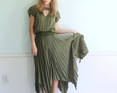 Elven Taper Vintage 90s Triangle Cut Out Army Green Gypsy Dress XS/S