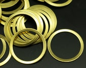 200 pcs Raw brass connector circle rings  (19 mm) brs 448 ( A0186 )