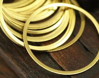 Brass Connector Rings, 50 Raw Brass Connector Rings (34mm) Brs 453 A0191