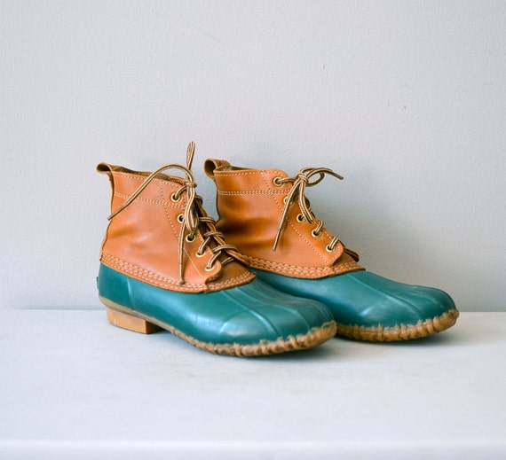classic duck boots / vintage field shoes / 80s duck boots