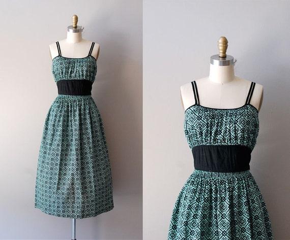 S A L E .... 1950s dress / 50s dress / Pixel Cross Stitch