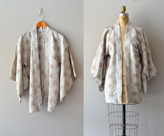 vintage kimono jacket / silk kimono robe / Nihonmatsu jacket