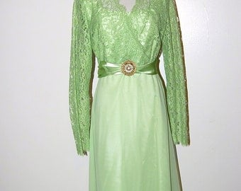 Vintage Dress Mint Green Lace Formal with Rhinestones