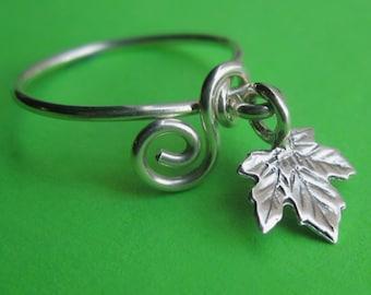 Sterling Silver Oak Leaf Dangle Ring