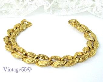 Bracelet Gold tone Nugget Textured Link Nataly