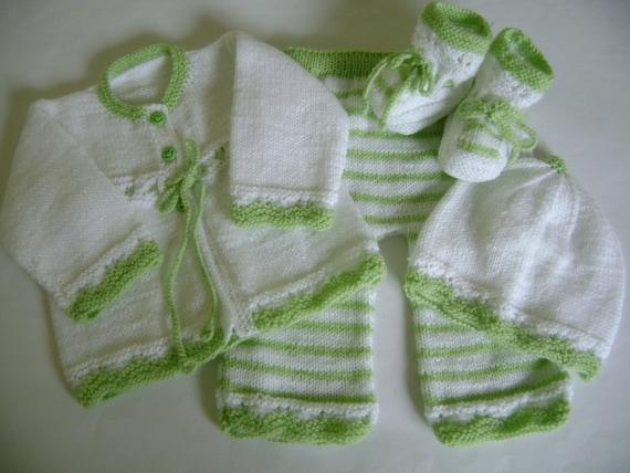 Set Knit -White and Apple Green Newborn No Allergenic