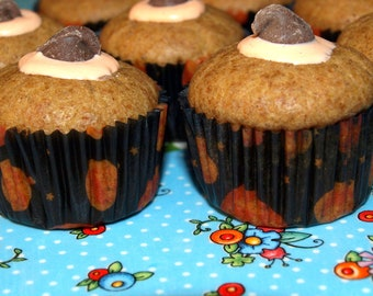 Halloween Dog Treats - Witches Hat Pupcakes - Gourmet Dog Treats All Natural Organic Vegetarian -  Shorty's Gourmet Treats