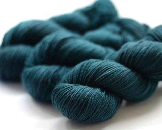 Hand dyed sock yarn - Eirene - MCN high twist