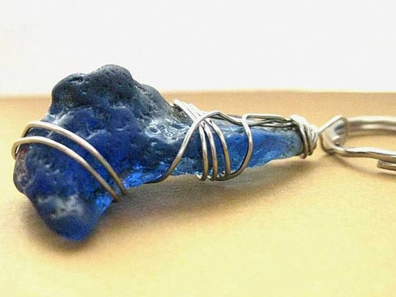 Irish Keychain. Seaglass from Ireland. Vintage Cobalt Beach Glass Keychain