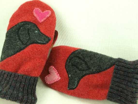 Wool Mittens Sweater Recycled Wool Mittens Red Grey Labrador Retriever Applique Leather Palm Fleece Lining Eco Friendly  Up Cycled  Size S/M