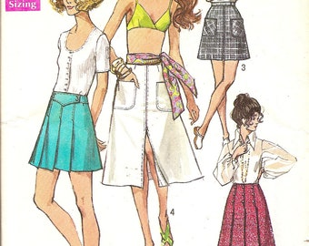 1970s Vintage Sewing Pattern -  1970s Skirt Pattern - Retro Patterns -70s Mini Skirt Pattern - Pleated Skirt Pattern - Simplicity 8739