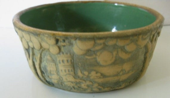 Early Vintage Red Wing Brushed Ware Line Art Pottery Planter, Introduced in the 1920's