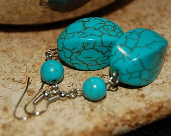 Trendy Turquoise - Look Magnesite Earrings