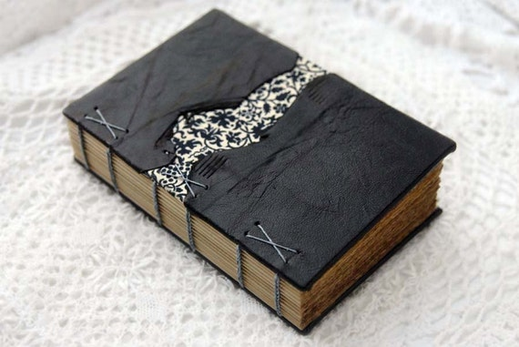 The Daydreamer - Dark Brown Leather Journal with Tea-Stained Pages & Floral Fabric