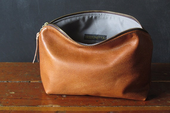 10-inch Zipper Pouch: eco leather.