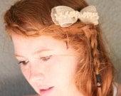 Little burlap bow comb
