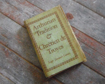 Miniature History of Arthurian Tradition
