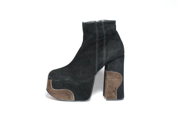 Vtg Italian Suede Club Kid Platform Ankle Boots 8.5