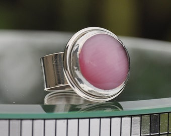 Pink glass cats eye silver ring