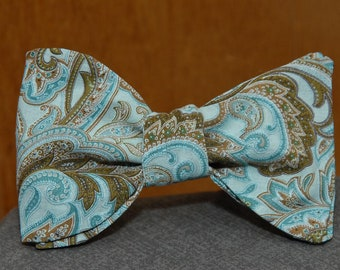 Medley of Green and Brown Beauty  Bow Tie