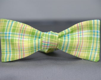 Apple Green Fun Time  Bow tie