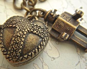 Steampunk Robot Charm Bracelet Tin Man & Heart Locket Brass Robot Bracelet Steampunk Bracelet Heart Bracelet Fashion Jewelry Girl's Bracelet