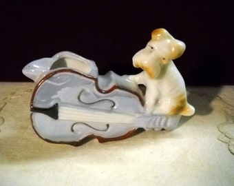 Vintage Luster Scottie Dog on Violin Ashtray