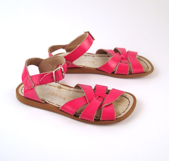 Saltwater Summer Sandals Vintage 1980s Saltwater Patent Pink Leather Sandals Kids 11