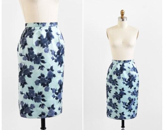 vintage 1950s skirt / pencil skirt / Blue Roses Velvet Pencil Skirt