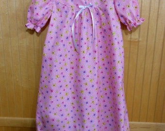 Girls nightgown size 3