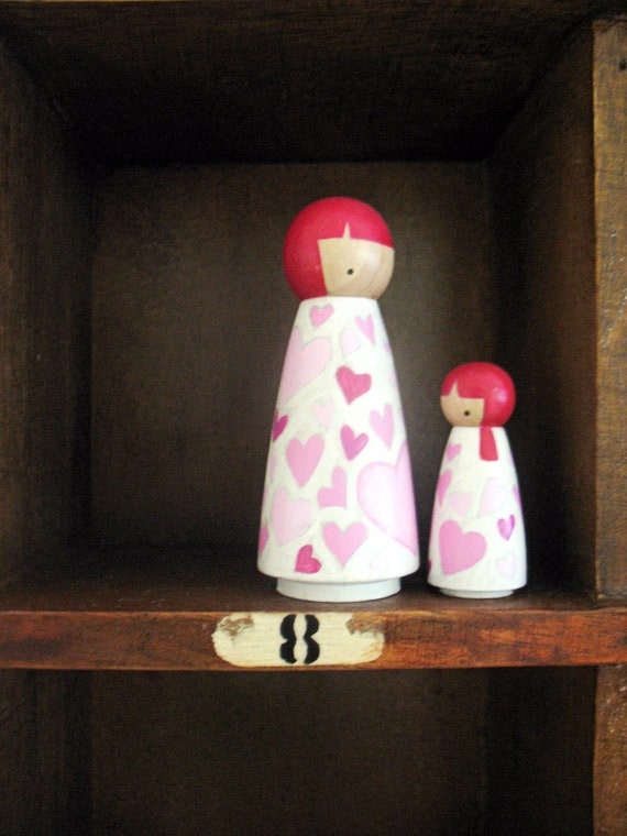 Handmade peg dolls  ...   ( wooden ) love unrefined (mother daughter)