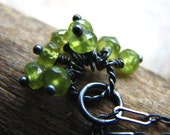 Peridot gemstone cluster and sterling silver necklace - Al Fresco